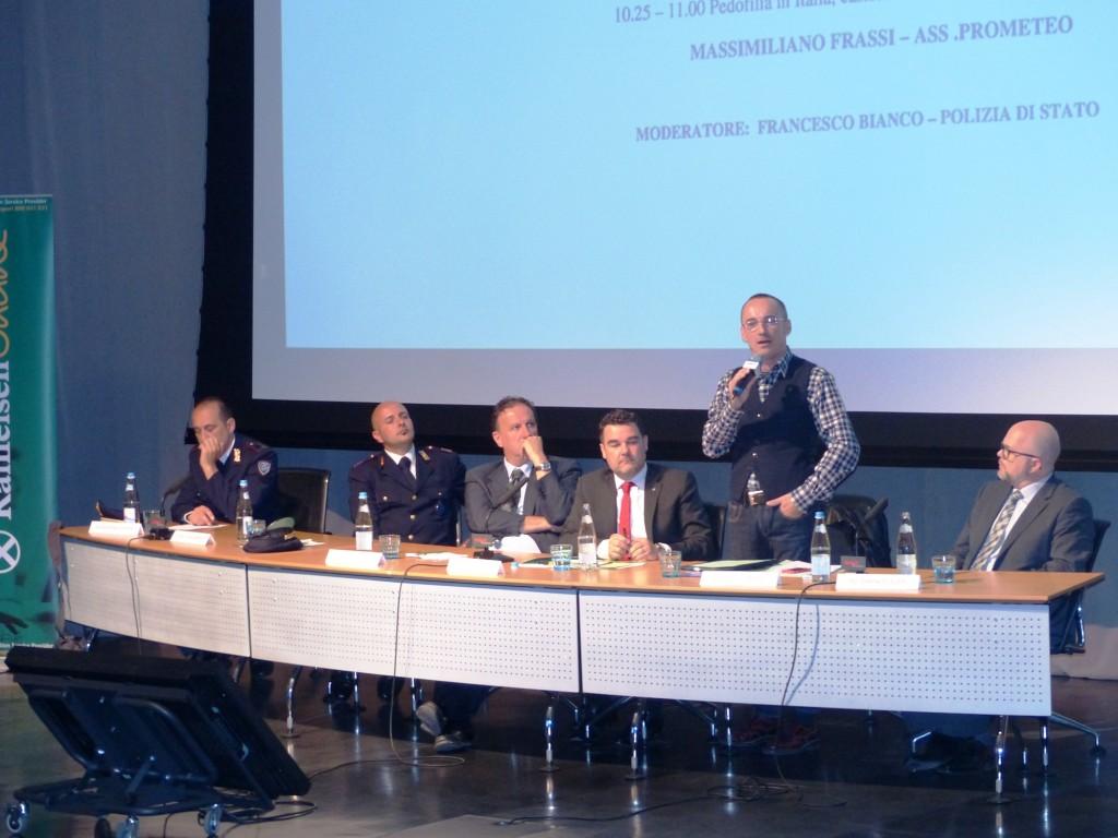 Massimiliano Frassi conferenza per la polizia
