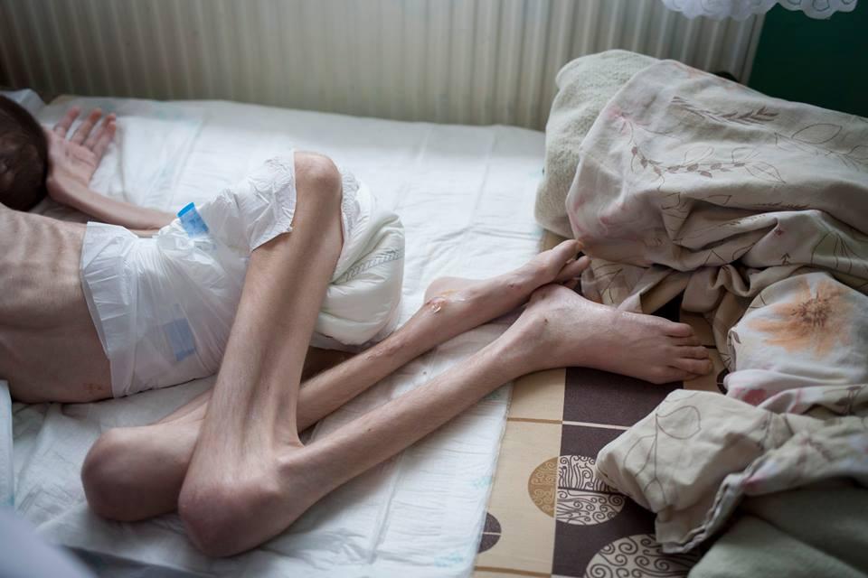 Massimiliano Frassi i bambini delle fogne di Bucarest 2015